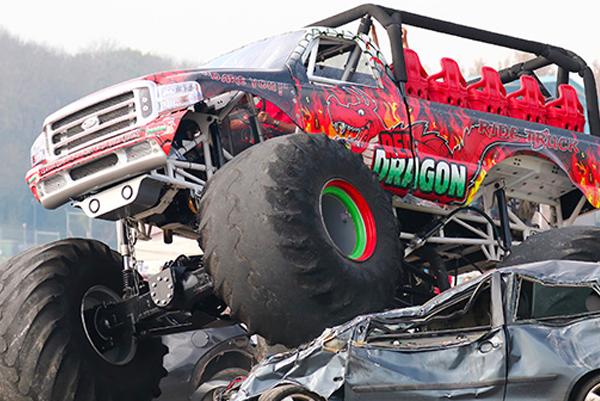 Monster Truck Madness: